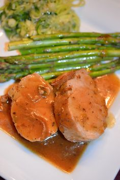 Lili popotte: Filet de porc sauce à l'orange Food Processor Pizza Dough, Food Processor Recipes, Pork Recipes, Crockpot Recipes, Healthy Recipes, Recipies, Pork Tenderloin Marinade, Vegan Sushi, One Pot Dishes