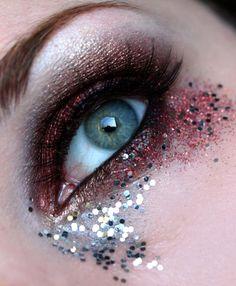 A Midsummer's Night fantasy eye make-up