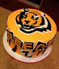 Cincinnati Bengals cake