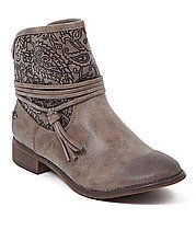 Roxy Carrington Boot - Women's Shoes in Brown