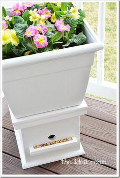 Ihr seid auf der Suche nach einem ausgefallenen Vogelhaus? Oder doch lieber einen schönen Blumentopf für eure Terrasse? Wie wäre es mit dieser tollen 2in1 Lösung?! ;)