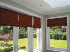 lovely roman blinds Fabric Boxes, Roman Blinds, Windows, Curtains, Blinds, Roman Shades, Draping, Fabric Covered Boxes, Ramen