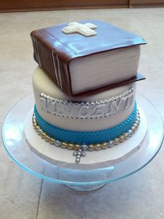 Bible is Red Velvet Bottom cake is Marble with Vanilla Mousse Holy Communion Cakes, First Holy Communion, Confirmation Cakes, Baptism Cakes, Vanilla Mousse, Religious Cakes, Owl Cupcakes, Book Cakes, Boy Christening