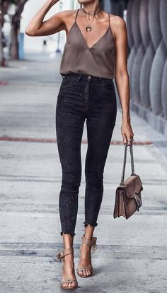 25 Edgy Outfits for Women That Are Trending in 2019 - Love Casual Style. outfits for women 25 Edgy Outfits for Women That Are Trending in 2019 - Love Casual Style Edgy Outfits, Mode Outfits, Fashion Outfits, Fashion Trends, Fashion Clothes, Fashion Ideas, Edgy Summer Outfits, Fashion Guide, School Outfits