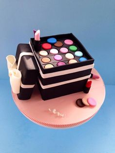makeup cake for your little make up artist