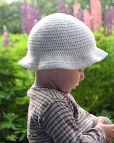 Hæklet bøllehat, hækl selv den sødeste bøllehat til de små Crochet For Kids, Crochet Baby, Free Crochet, Knit Crochet, Baby Barn, Drops Design, Baby Knitting Patterns, Double Crochet, Knitted Hats