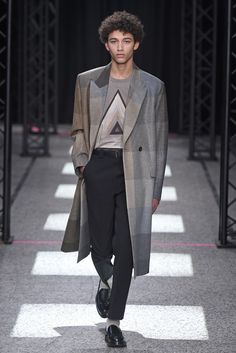 LOOK | 2015-16 FW PARIS MEN'S COLLECTION | PAUL SMITH | COLLECTION | WWD JAPAN.COM