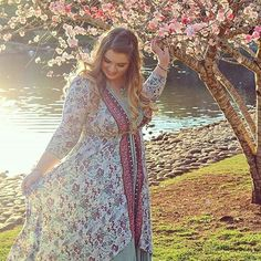 【mombasarose】さんのInstagramをピンしています。 《Boho explorer @the.gypsy.life.of.jess checks out the #cherryblossoms in our Lotus Tanda Wrap Dress // www.mombasarose.com.au》