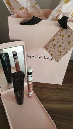 Make Mary Kay, Mary Kay Ash, Lash Intensity Mary Kay, Imagenes Mary Kay, Mary Kay Makeup, Beauty Stuff, Make Up, Mary Kay Products, Packaging Ideas