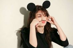 Somi Shows Off Her Best Visual Yet In This Photoshoot Kpop Girl Groups, Korean Girl Groups, Kpop Girls, Solo Photo, Jeon Somi, Old Singers, Seolhyun, Foto Jungkook, Girl Photography Poses