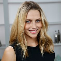 """Pin for Later: Teresa Palmer on Her Latest Film and Why """"Nothing Can Compare"""" to Her New Role as Mom Beautiful Smile, Simply Beautiful, Beautiful Women, Just Beauty, True Beauty, New Movie Video, Teresa Palmer Kristen Stewart, Colombian Girls, Girl M"""
