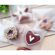 7x10+3cm 100pcs/lot Self Adhesive Seal Plastic Bag Frosted Translucent Biscuit Cake Cookie Snack Desert Packaging Baking Package