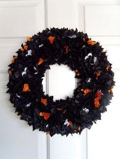 Spying Eyes Halloween Fabric Wreath Door/Wall Decoration