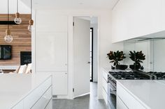 Inspirational white kitchen style and design Gray And White Kitchen, Cottage, Australian Homes, Contemporary Interior, Home Kitchens, Tall Cabinet Storage, Modern Design, New Homes, House Design