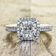 Va-va-voom! This stunning ring contains so many diamonds our heads are reeling and our hearts are jumping with glee! Xoxo @weddingchicks PC: @kenanddanadesign #diamonds #girlsbestfriend #engagement #ring #jewelry #love