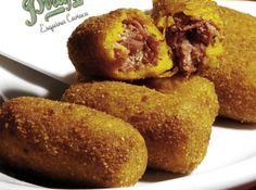 Bolinho de carne seca e abóbora - Veja como fazer em: http://cybercook.com.br/receita-de-bolinho-de-carne-seca-e-abobora-r-15-12650.html?pinterest-rec