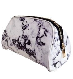 For less bottles and more makeup, we crafted the Casper & Coal Marble Cosmetic Bag featuring a unique, chic marble print and completed by an easy-gliding gold colored zipper to hold all of your favori Black And White Marble, Marble Print, Travel Cosmetic Bags, Makeup Yourself, Makeup Cosmetics, Michael Kors Jet Set, Sunglasses Case, Zip Around Wallet, Gold