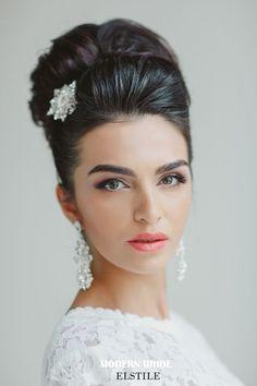 29 Stunning Vintage Wedding Hairstyles - Mon Cheri Bridals