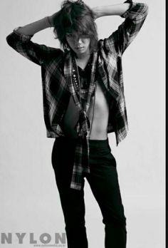 Lee #Heechul SUPER JUNIOR de la historia ¡OPPAS SIN CAMISA! por FujoNaziK (♡ LoliNazi ♡) con 423 lecturas. kpop, guapo...
