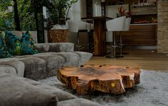 Beautiful combination of couch, rug and live-edge table. Home Decor Furniture, Cool Furniture, Diy Home Decor, Live Edge Wood, Live Edge Table, Root Table, Living Room Tv Unit Designs, Design Tisch, Tree Table
