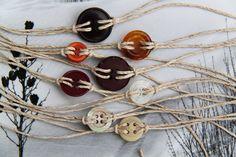 Cute as a button bracelet by BasketfulOfTrinkets / Etsy