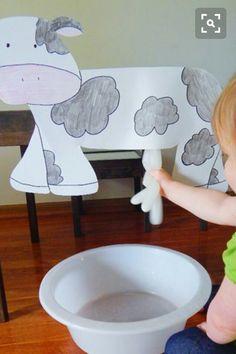 Atividade sensorial. Vaquinha leiteira.
