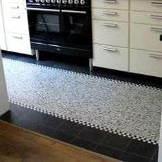 granito_granitotegel_gestrot_granito_ecostone_maarschalkerweerd_granito_utrecht in 2020 Cosy Kitchen, Kitchen Tiles, New Kitchen, Home Depot, Modern Kitchen Design, Utrecht, Shag Rug, Home Improvement, New Homes