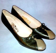 ~~ Salvatore Ferragamo Shoes ~ Elegant Green / Khaki Pumps / Heels. Size 7 AA ~~ #SalvatoreFerragamo #PumpsClassics