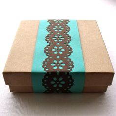 Gift packaging/wrapping