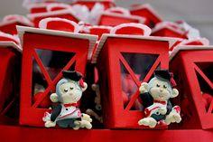 #Bomboniere a lanterna con #confetti e scimmiette.