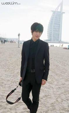 Myung Soo / L [Infinite] in Dubaï Hyun Soo, Kim Myungsoo, Lee Sungyeol, Love My Man, Woollim Entertainment, Flower Boys, Lady And Gentlemen, Sharp Dressed Man, Asian Men