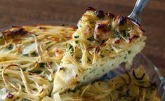 מאפה פסטה Cake Recipes, Vegan Recipes, Cooking Recipes, Pasta Pie, Cheese Pastry, Savoury Cake, Side Dishes, Food And Drink, Healthy Eating