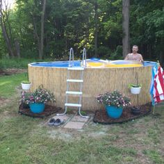 Our intex pro series 14 39 pool dressed up with bamboo reed for Garten pool intex