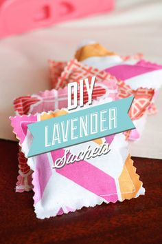 Simple DIY lavender sachets made with organic dried lavender flowers. These DIY lavender sachets are perfect for scenting clothes, linens, and more. Dried Lavender Flowers, Lavender Sachets, Lavender Oil, Sewing Crafts, Sewing Projects, Projects To Try, Distressed Headboard, Homemade Perfume, Be Natural