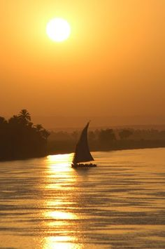 Felucca on the river Nile Egypt, I want to sail on the Nile River