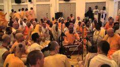 Lokanath Swami & Aindra Dasa - Hare Krishna Kirtan - ISKCON Mayapur 2006