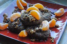 Korzenne ricotta buns z mandarynką, ziarnem kakaowca, słonecznikiem w miodzie