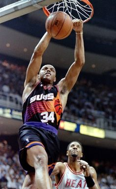 Barkley Finishes With Authority, '96.
