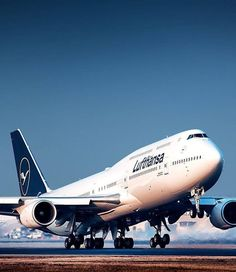 Lufthansa Boeing 747 in new livery 🇩🇪 Photo by Boeing 747 8, Boeing Aircraft, Drones, Commercial Plane, Commercial Aircraft, Concorde, 747 Airplane, Airplane Photography, Aircraft Parts
