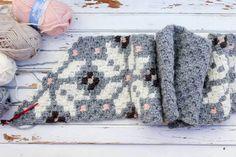 Corner to corner crochet project using a free graph pattern.