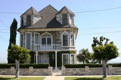 Victorian Houses in California | Mavar Castle in San Pedro, Ca