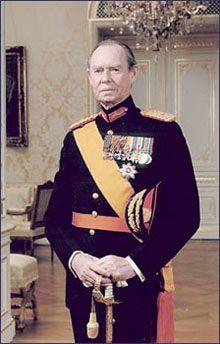 Grand Duke Jean of Luxembourg (b. 5 Jan. 1921), first child of Grand Duchess Charlotte.  Jean became Grand Duke after his mother abdicated on 12 Nov. 1964.  After reigning 36 years Jean himself abdicated in favor of his son, Henri.  On 9 April 1953 Jean, while still Hereditary Prince, married Princess Josephine-Charlotte of Belgium, daughter of King Leopold III and 1st cousin to King Harald V of Norway and his sisters Princesses Ragnhild and Astrid.  Jean and Josephine-Charlotte had 3…