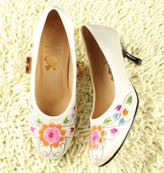 Free Shipping Wedding pumps satin handmade beaded shoes round toe high heel single pumps formal dress shoes-inPumps from Shoes on Aliexpress.com