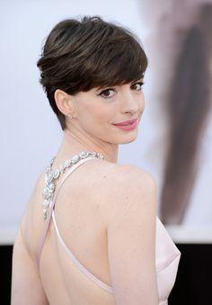 Anne Hathaway Hair.