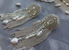 Bride Earrings, Chain Earrings, Pearl Drop Earrings, Unique Earrings, Tassel Earrings, Beaded Bracelets, Gorgeous Women, Beautiful, Rhinestone Jewelry