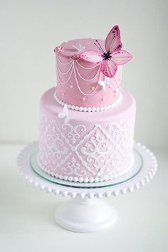 Butterfly cake - by Irina Kubarich Gorgeous Cakes, Pretty Cakes, Cute Cakes, Amazing Cakes, Fondant Cakes, Cupcake Cakes, Butterfly Cakes, Butterflies, Occasion Cakes