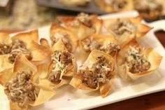 Sausage Cream Cheese Wonton Appetizer. This is just what I was looking for.