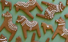 I will be making these Dala horse cookies this Christmas. Christmas Gingerbread, Christmas Treats, Christmas Baking, All Things Christmas, Gingerbread Cookies, Christmas Cookies, Christmas Holidays, Christmas Decorations, Christmas Biscuits