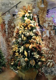 """Kathy and I are all about """"Theming for a Lifestyle"""" to simplify andfocus your Christmas decorating.Just in case you missed this post """"Show Me Top 4 Reasons to ThemeMy Christmas Tree""""….part 1.We have 3 additionalnew themes to share with you from the Show Me Decorating by Vickerman Showrooms in Atlanta and Dallas. We hope you are inspired by one theme and create a new Christmas tree!  Gold, silver,bronze, copper, pewter and platinum melt into a noble metallic mix fit for a king. Add…"""