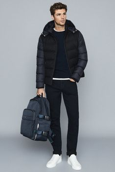 Young Man Clothing Style, Mens Clothing Styles, Stylish Winter Outfits, Casual Outfits, Business Casual Men, Men Casual, Shirt Tucked Into Jeans, Hype Clothing, Padded Jacket